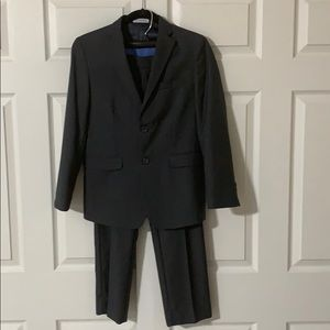 Izod Boys 2 Piece Dark Gray Suit Size 14 / 12 Pant